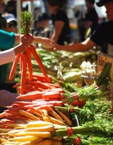 carrots-market-lg