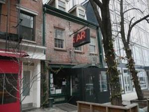 The Ear Inn blog