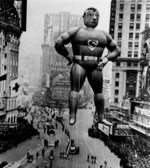 Walk In New York - New York Vintage - Macy s Thanksgiving 1937 - Superman
